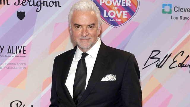 'Seinfeld' star John O'Hurley slams 'Will & Grace' stars for 'lunacy' over Trump comments