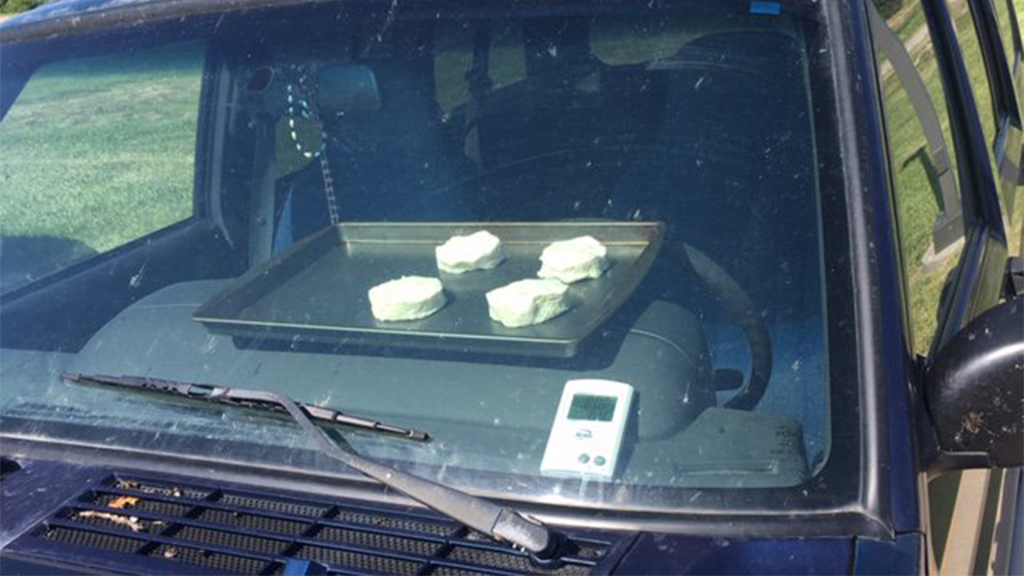 Westlake Legal Group biscuits-1 Biscuits start baking inside hot car in Nebraska as part of weather experiment Talia Kaplan fox-news/us/us-regions/midwest/nebraska fox-news/us/disasters/warnings fox-news/odd-news fox-news/food-drink/food fox news fnc/science fnc article 84edfd08-ac4d-5149-bbb8-cf06af4f0875
