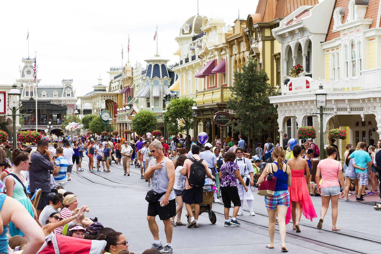Man who stepped in to stop Disneyland brawl speaks out
