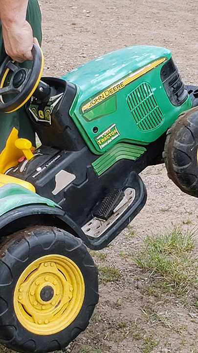 Westlake Legal Group toytractor720 Missing Minnesota toddler found cruising on toy tractor at county fair fox-news/us/us-regions/midwest/minnesota fox-news/us/crime/police-and-law-enforcement fox-news/tech/topics/toys fox news fnc/us fnc David Aaro article 00b471c0-3a63-5758-8cec-e0e4549a59a1