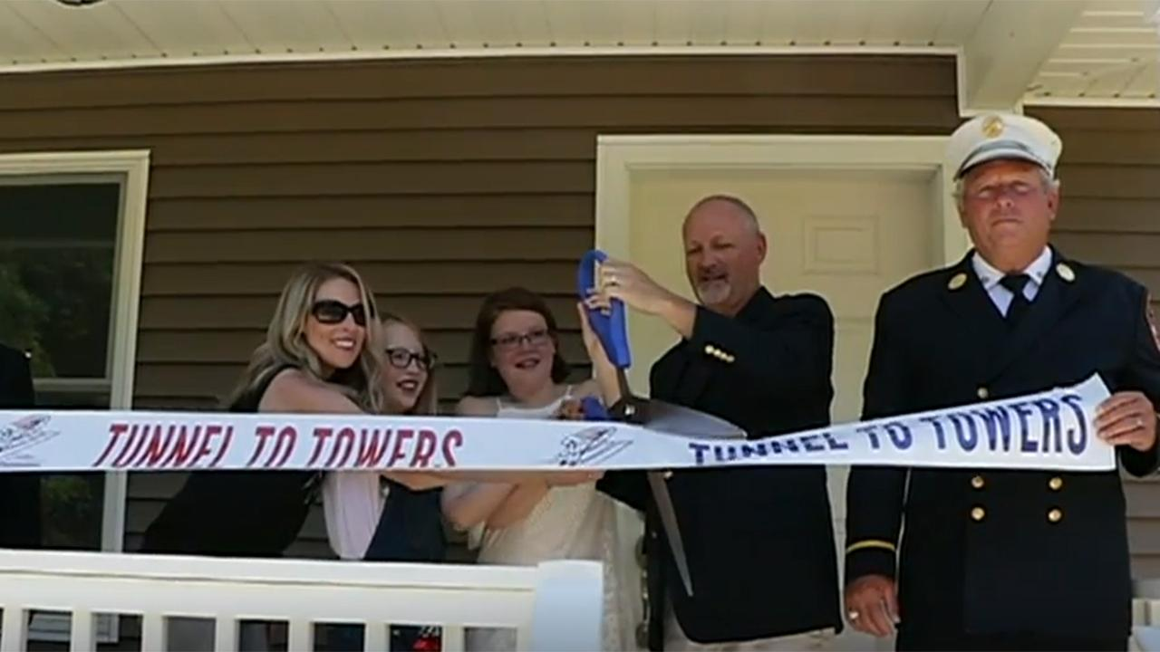 Westlake Legal Group tunneltowers Army widow on Tunnel to Towers' gift of a mortgage-free home: 'It means everything' fox-news/us/us-regions/northeast/new-jersey fox-news/us/personal-freedoms/proud-american fox-news/us/crime/police-and-law-enforcement fox-news/topic/fox-news-flash fox-news/entertainment/media fox news fnc/us fnc c80915ff-76d9-550e-a3d0-a192c7f5a53f article Anna Hopkins