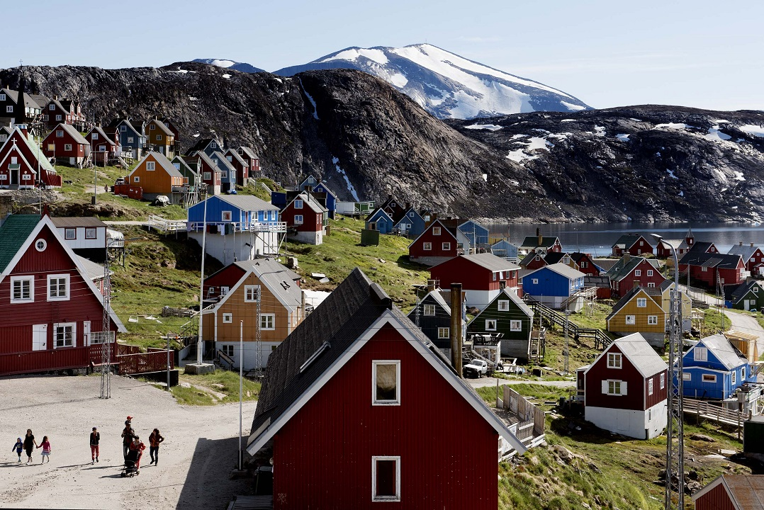 Westlake Legal Group 69d69871-AP19228341444951 Trump tweets promise not to build 'Trump' properties in Greenland Louis Casiano fox-news/world/world-regions/europe fox-news/politics/executive/white-house fox-news/person/donald-trump fox news fnc/politics fnc f6553315-0c2c-51c7-b590-c55c1535ac82 article