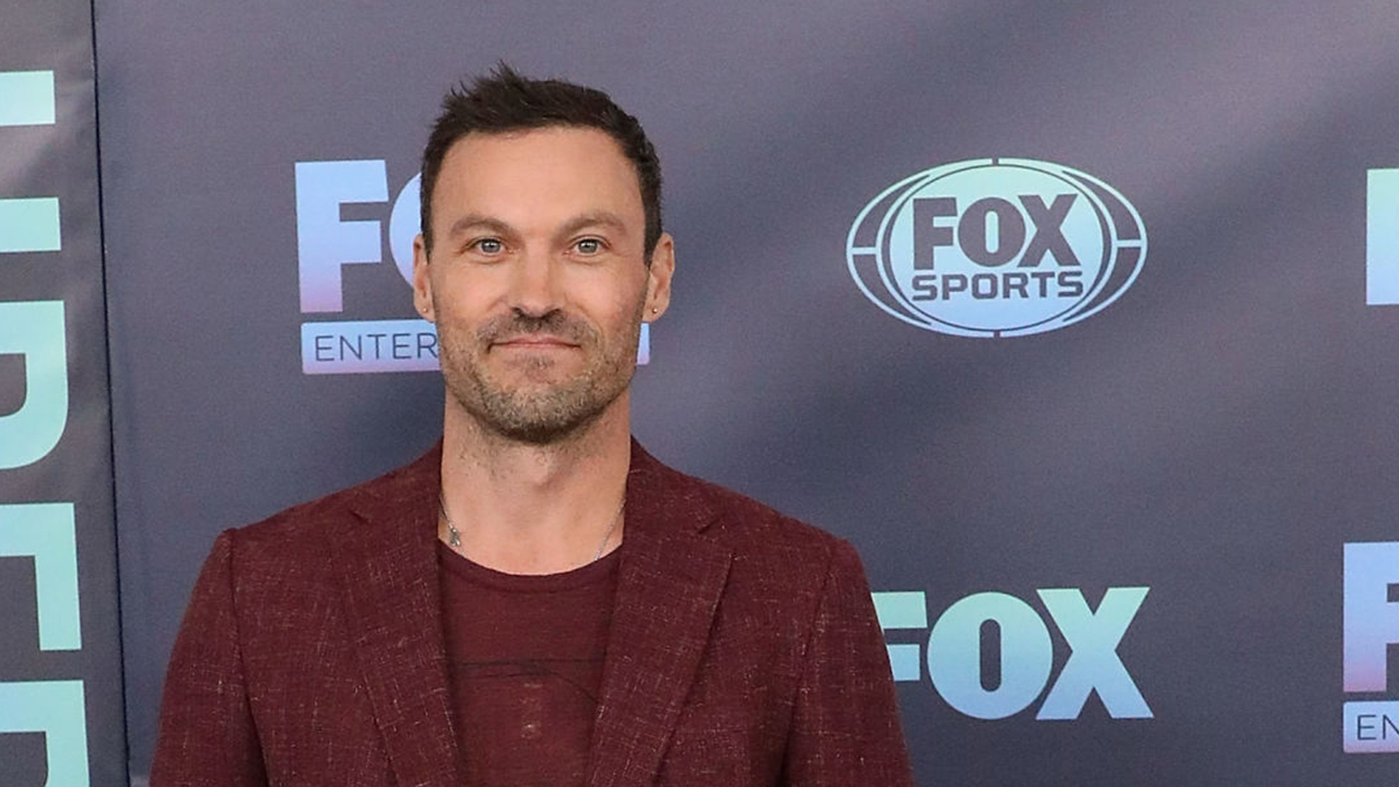 Brian Austin Green reveals which 'BH90210' co-stars he hooked up with