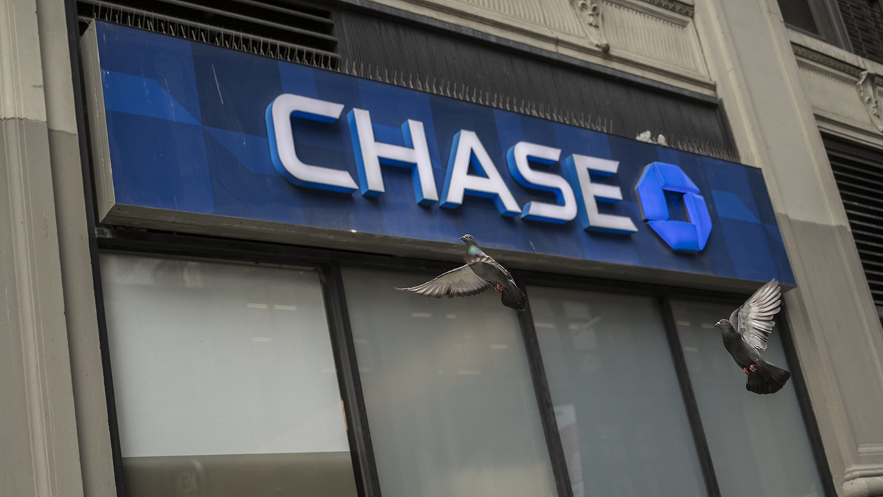 Chase Bank erases all credit card debt for Canadian customers