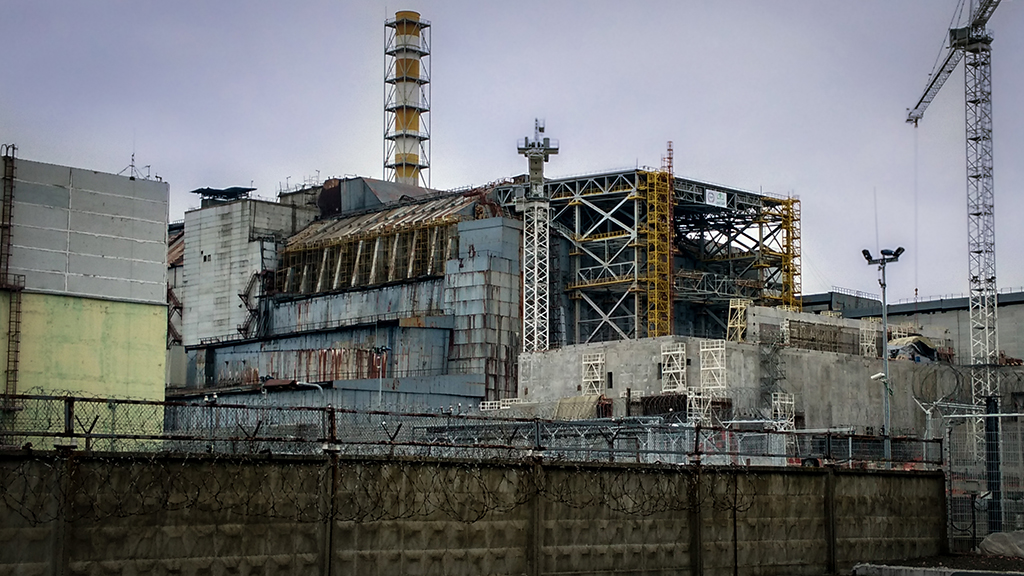 Chernobyl's 'sarcophagus' being dismantled due to 'very high' probability of collapse thumbnail