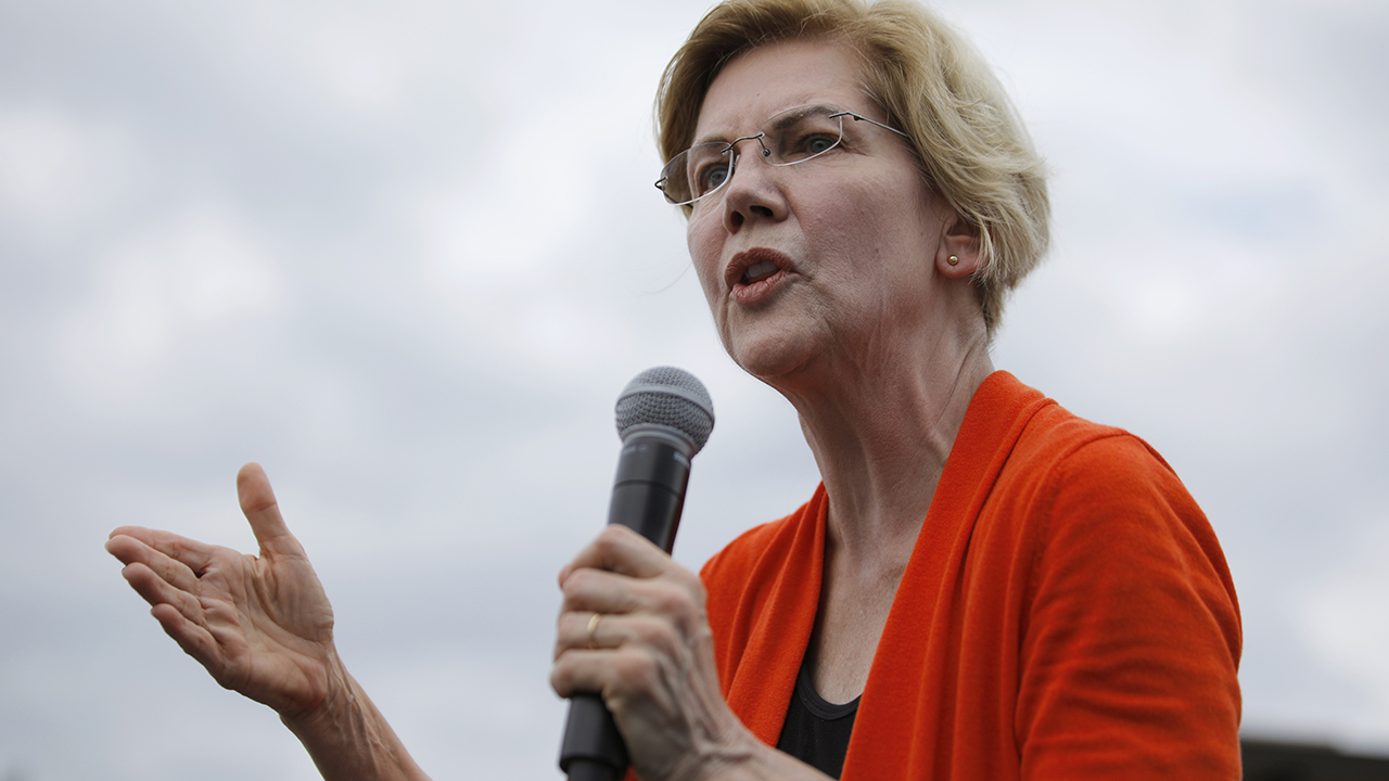 Warren takes aim at Pelosi, Dem leadership over impeachment: 'Congress failed to act'