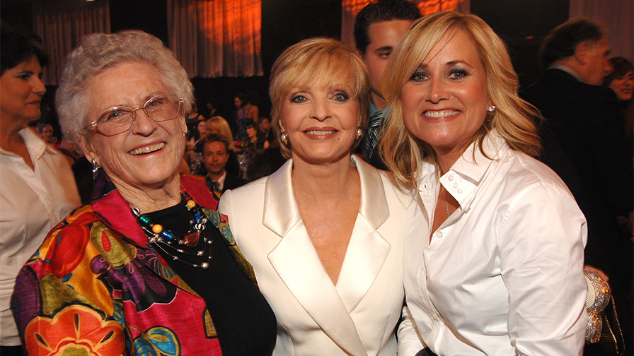 'Brady Bunch' star Maureen McCormick says she and costar Ann B. Davis were 'so close' after sitcom ended