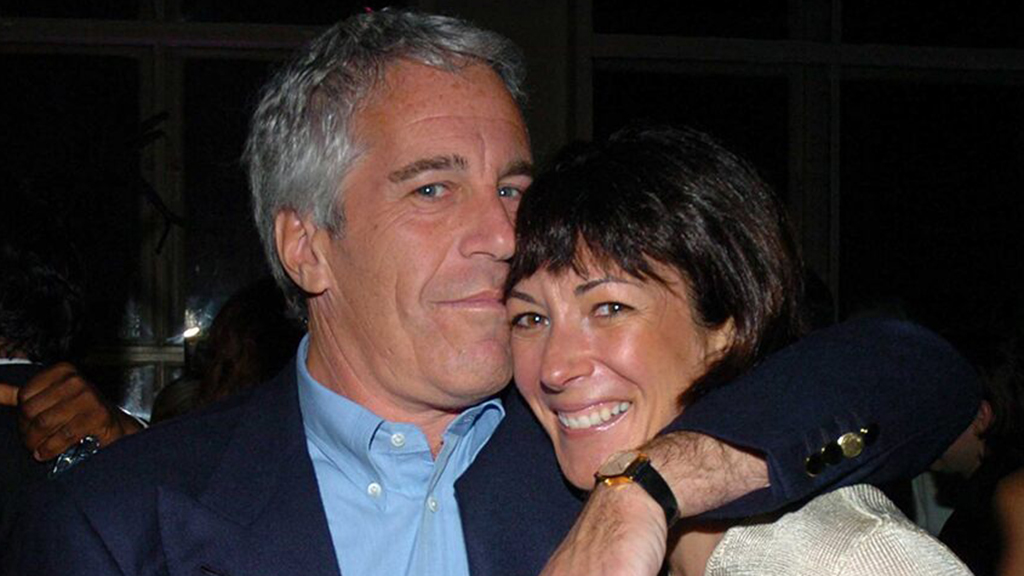 Westlake Legal Group Ghislaine-Maxwell-Jeffrey-Epstein-1-Getty Ghislaine Maxwell's arrest rocks small New Hampshire town where she hid New York Post fox-news/us/us-regions/northeast/new-hampshire fox-news/us/crime/police-and-law-enforcement fox-news/person/jeffrey-epstein fnc/us fnc article a152ac4c-9c57-5952-b85d-66985b9b7a33