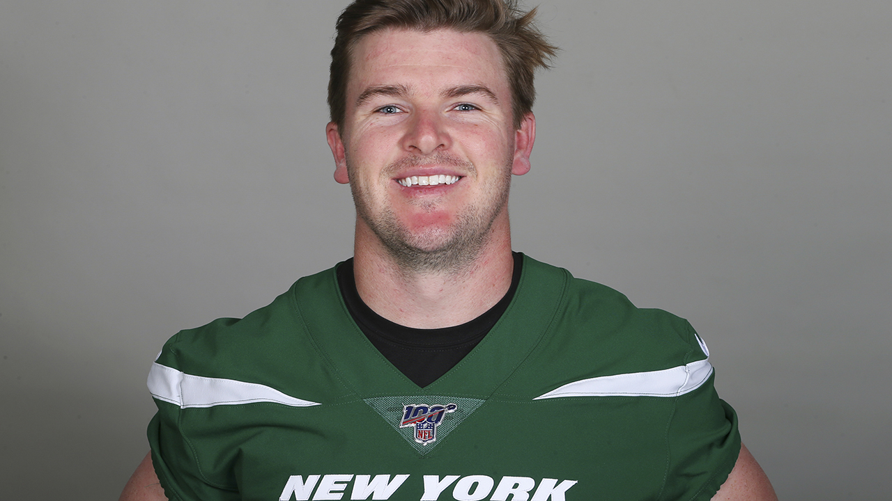 Westlake Legal Group NFL-Chandler-Catanzaro New York Jets kicker, 28, abruptly retires after poor preseason performance Ryan Gaydos fox-news/sports/nfl/tampa-bay-buccaneers fox-news/sports/nfl/new-york-jets fox-news/sports/nfl/carolina-panthers fox-news/sports/nfl/arizona-cardinals fox-news/sports/nfl fox news fnc/sports fnc article aa805050-86ca-573b-a8e3-c5e0e650c3eb