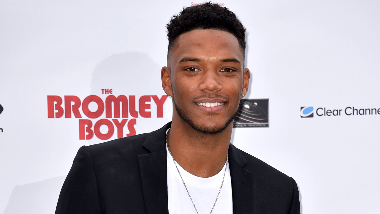 Westlake Legal Group TheoCampbell1 'Love Island' star Theo Campbell reveals he lost sight in his eye after champagne cork accident Tyler McCarthy The Sun fox-news/entertainment/genres/viral fox-news/entertainment/events/illness fox-news/entertainment/celebrity-news fnc/entertainment fnc article 06ef655b-4363-5cd3-96ef-8c61ddd738d7