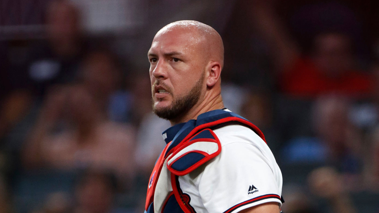 Westlake Legal Group Tyler-Flowers Atlanta Braves' Tyler Flowers bloodied after getting hit in head with Pete Alonso's bat Ryan Gaydos fox-news/sports/mlb/new-york-mets fox-news/sports/mlb/atlanta-braves fox-news/sports/mlb fox news fnc/sports fnc article 8879f8ae-6b97-5134-b33c-4671aa1e6f3d