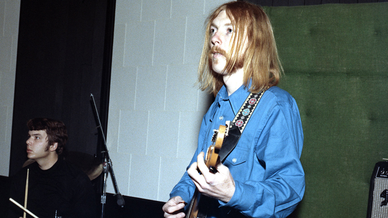 Duane Allman's old guitar 'Layla' costs $1.25 million - Fox News thumbnail