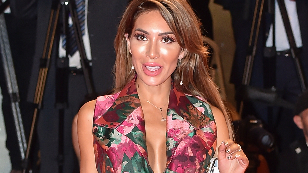 Farrah Abraham's parenting style criticized after posting racy video on yacht with 10-year-old daughter