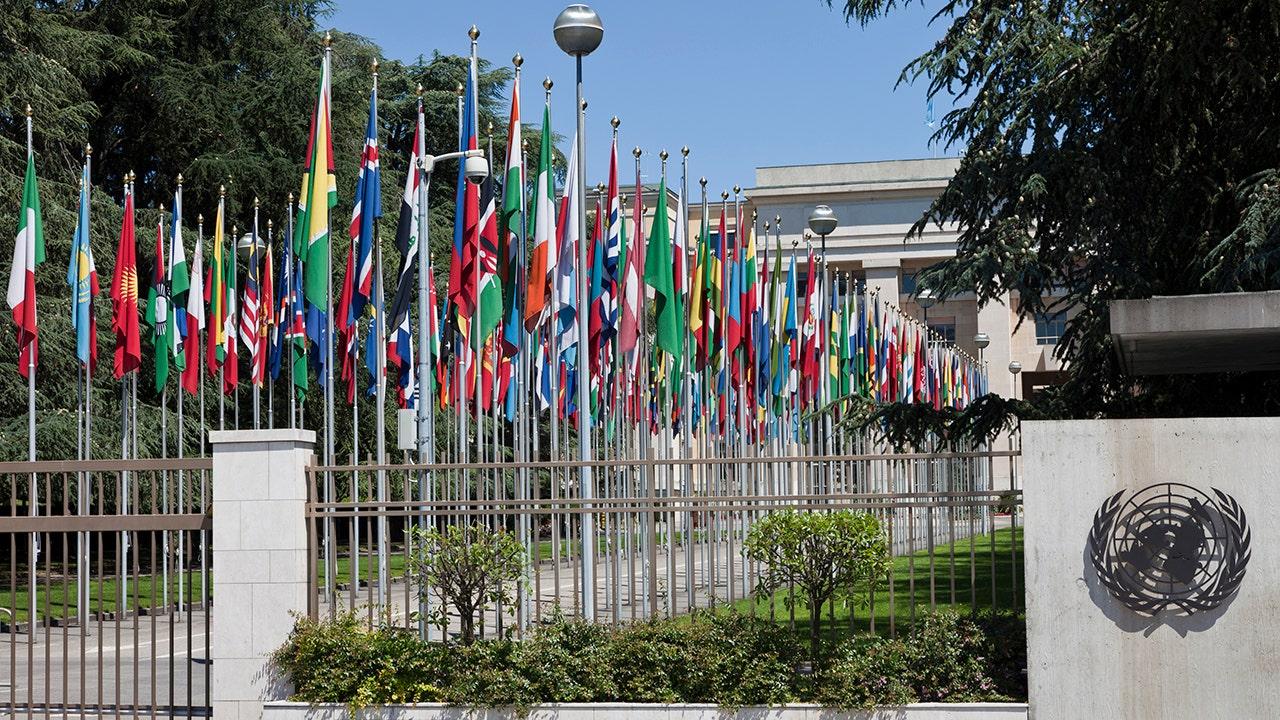 元国連のAmb. Negroponte:国連はまだ世界です。 すべての支援