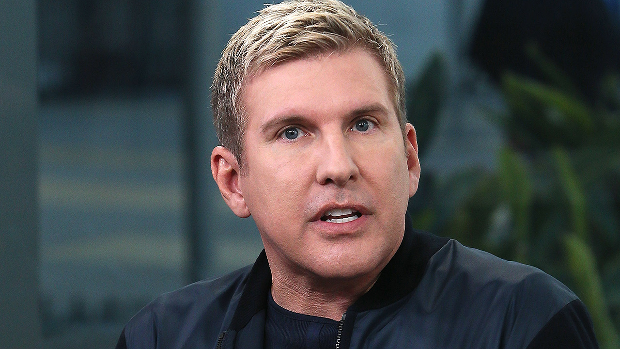 'Chrisley Knows Best' star Todd Chrisley, wife Julie indicted on tax evasion and fraud charges