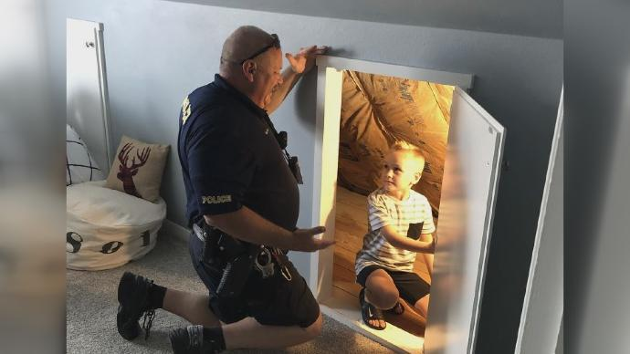 Westlake Legal Group will Iowa police officer assures boy, 6, no 'bad guys' lurk in new bedroom fox-news/us/us-regions/midwest/iowa fox-news/us/crime/police-and-law-enforcement fox-news/good-news fox-news/entertainment/genres/kids fox news fnc/us fnc Dom Calicchio article 90a6083b-f06c-5df5-a2e0-c12a5d8c9ff6