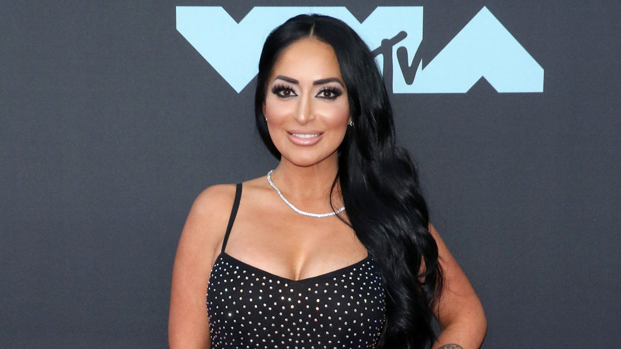 Angelina Pivarnick on JWOWW, 'Jersey Shore' flirting scandal: 'I believe in being strong'