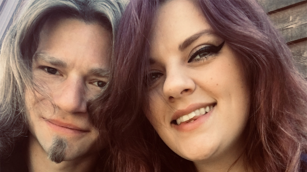 Westlake Legal Group Bear-Brown-Raiven-Adams 'Alaskan Bush People' star Bear Brown and Raiven Adams call it quits 2 weeks after revealing engagement Mariah Haas fox-news/entertainment/events/couples fox news fnc/entertainment fnc article 518269ad-1391-55ce-834a-0ea0e18ee283