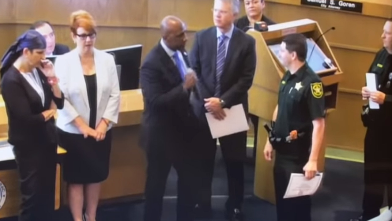 Westlake Legal Group Gelin Florida city commissioner calls out officer during awards ceremony over arrest Gerren Keith Gaynor fox-news/us/us-regions/southeast/florida fox-news/us/crime/police-and-law-enforcement fox news fnc/us fnc article 4163ce02-ed2a-56de-b181-34b1d2a68efc