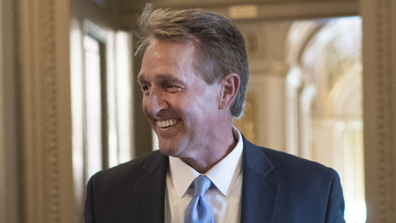 Jeff Flake says 'at least 35' Republican senators would privately vote to impeach Trump