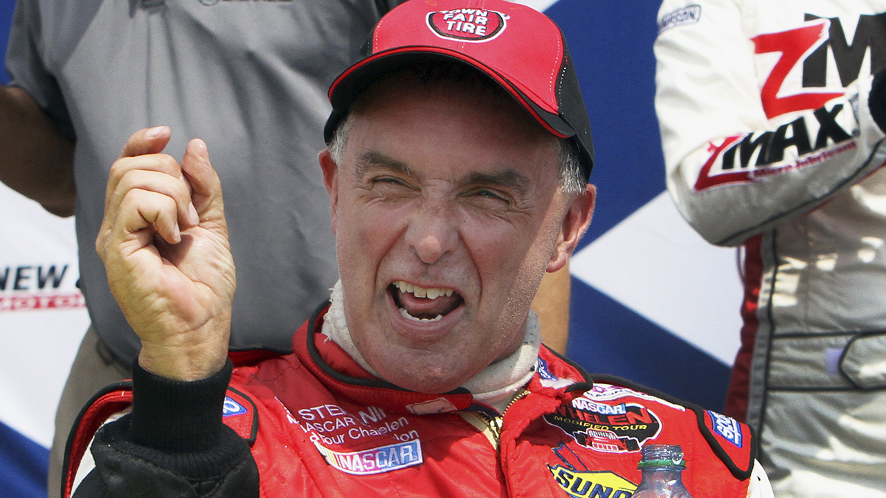 Westlake Legal Group NASCAR-Mike-Stefanik NASCAR champ Mike Stefanik, 61, dies in plane crash near Rhode Island Ryan Gaydos fox-news/sports fox-news/auto/nascar fox-news/auto/attributes/racing fox news fnc/sports fnc article 1e2c2152-bd2b-53ce-bb96-6cef9c451261