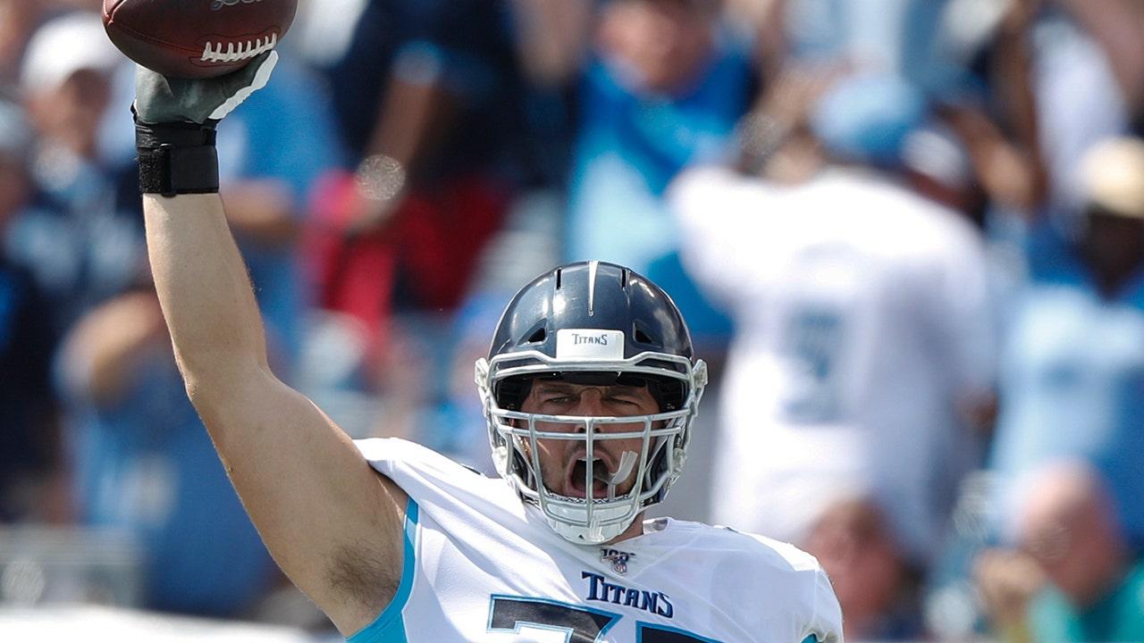 Krebs-überlebender offensive lineman Fänge ersten Karriere-touchdown-pass