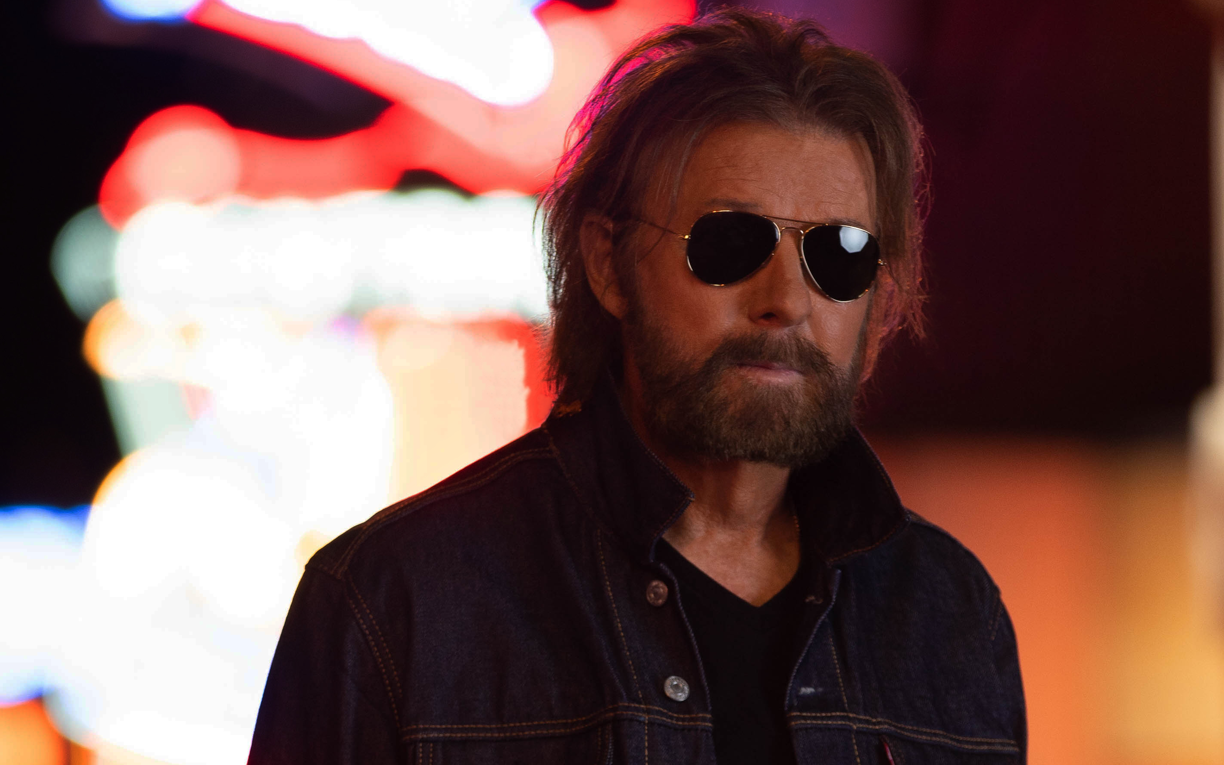 Ronnie Dunn admits he 'blew off' music exec 'at first' before signing on to new solo album 'RE-DUNN'