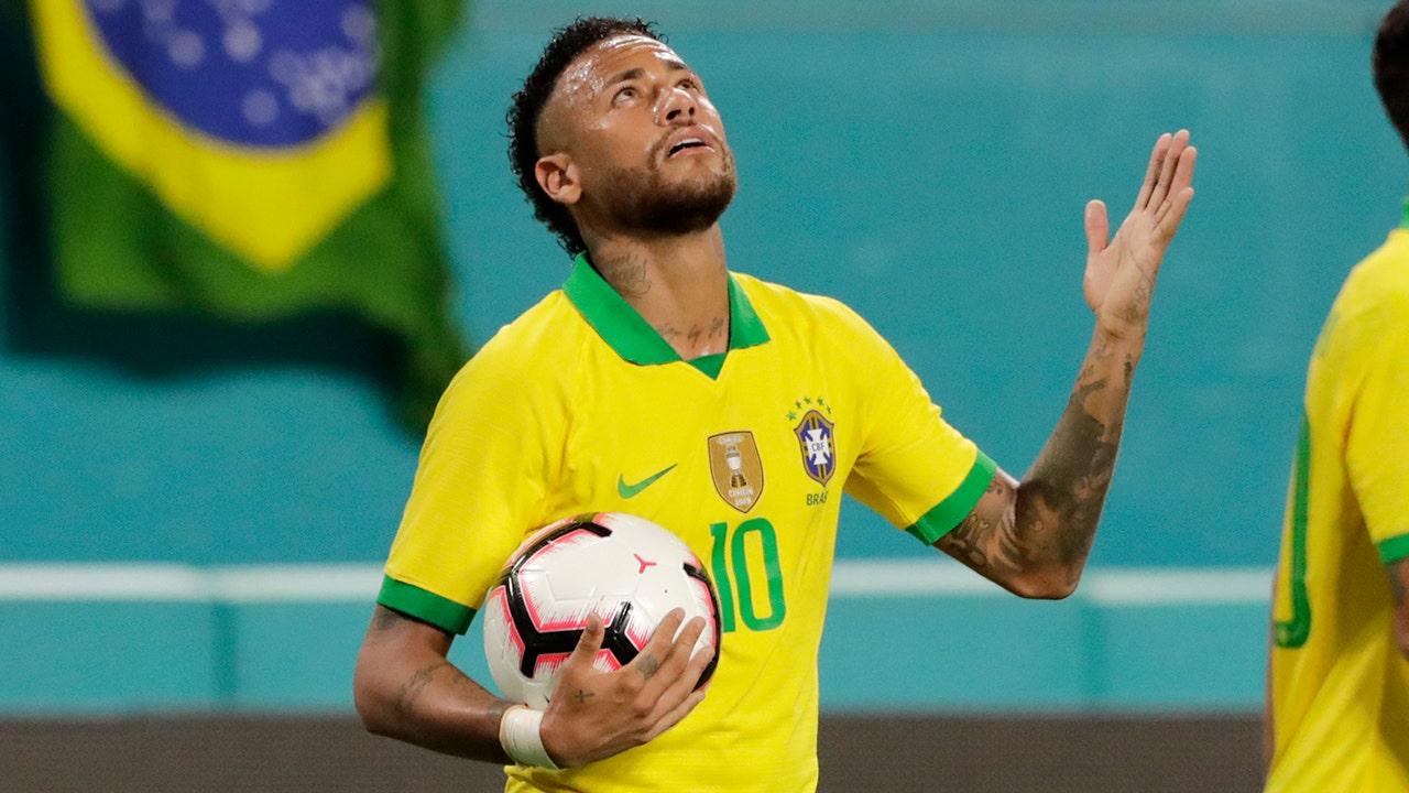 ブラジルindictsモデル強訴に対しNeymar