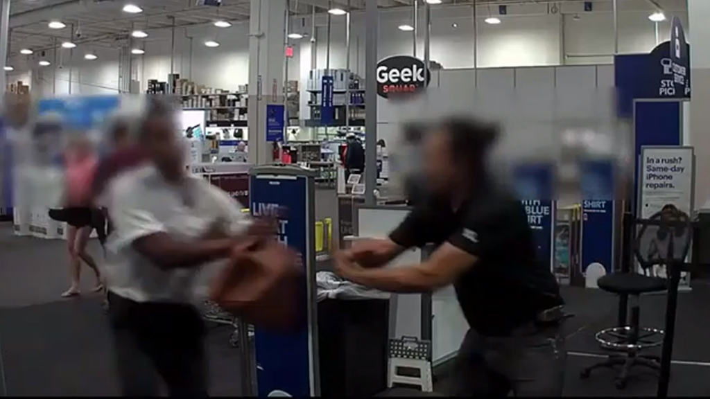 Armed robber caught on video in struggle with Los Angeles Best Buy employee: cops
