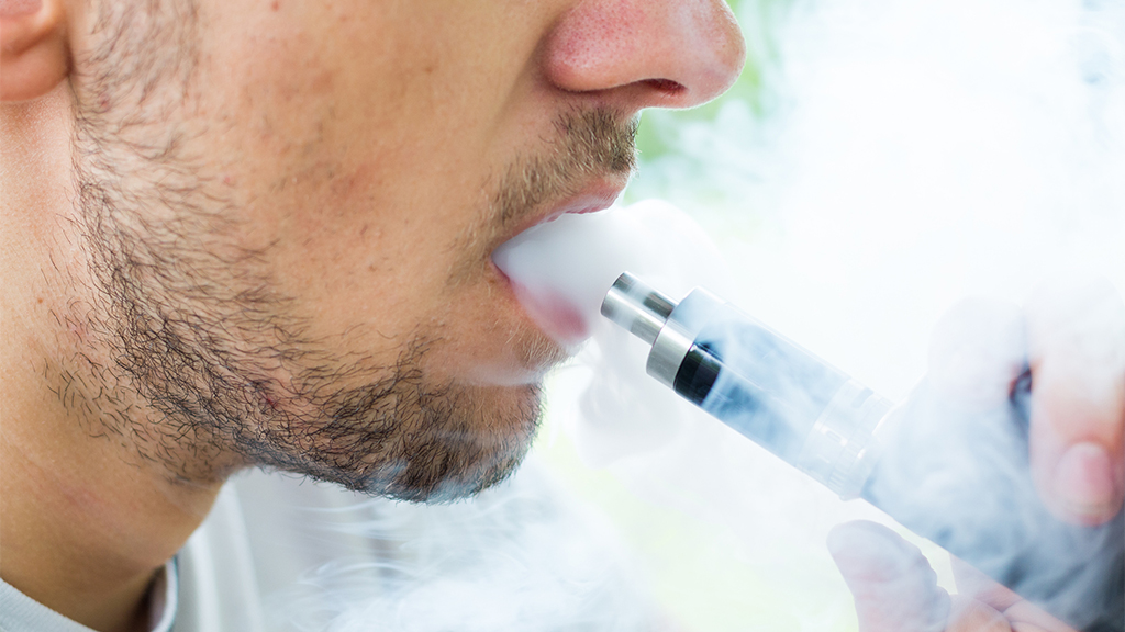 FDA launches criminal probe of vaping-related illnesses; Congress to hold hearing about outbreak next week