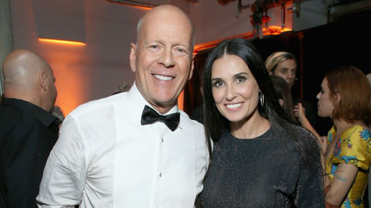 Demi Moore blames ex Bruce Willis for brown carpet in bathroom that went viral