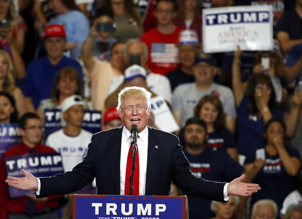 Trump, on offensive, hosts New Mexico rally, aiming to turn the state red