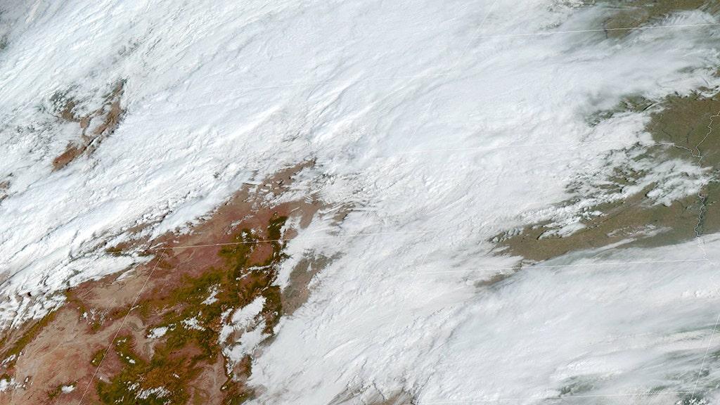 専門分野のモンターナ風の約束を数十センチの積雪や生命を脅かす状況、関係者に警告