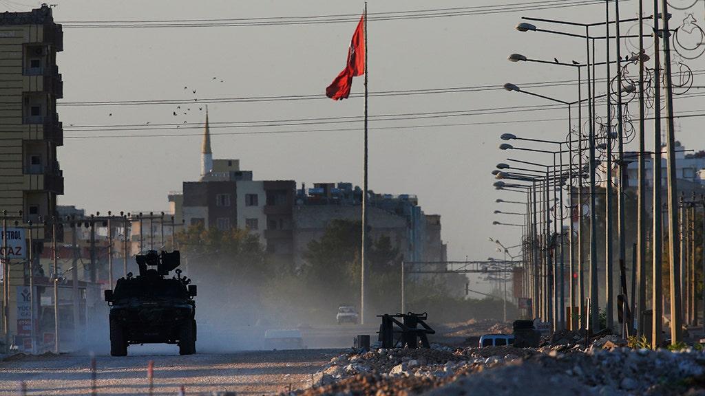 Pasukan turki tangkap pusat utama kota perbatasan Suriah