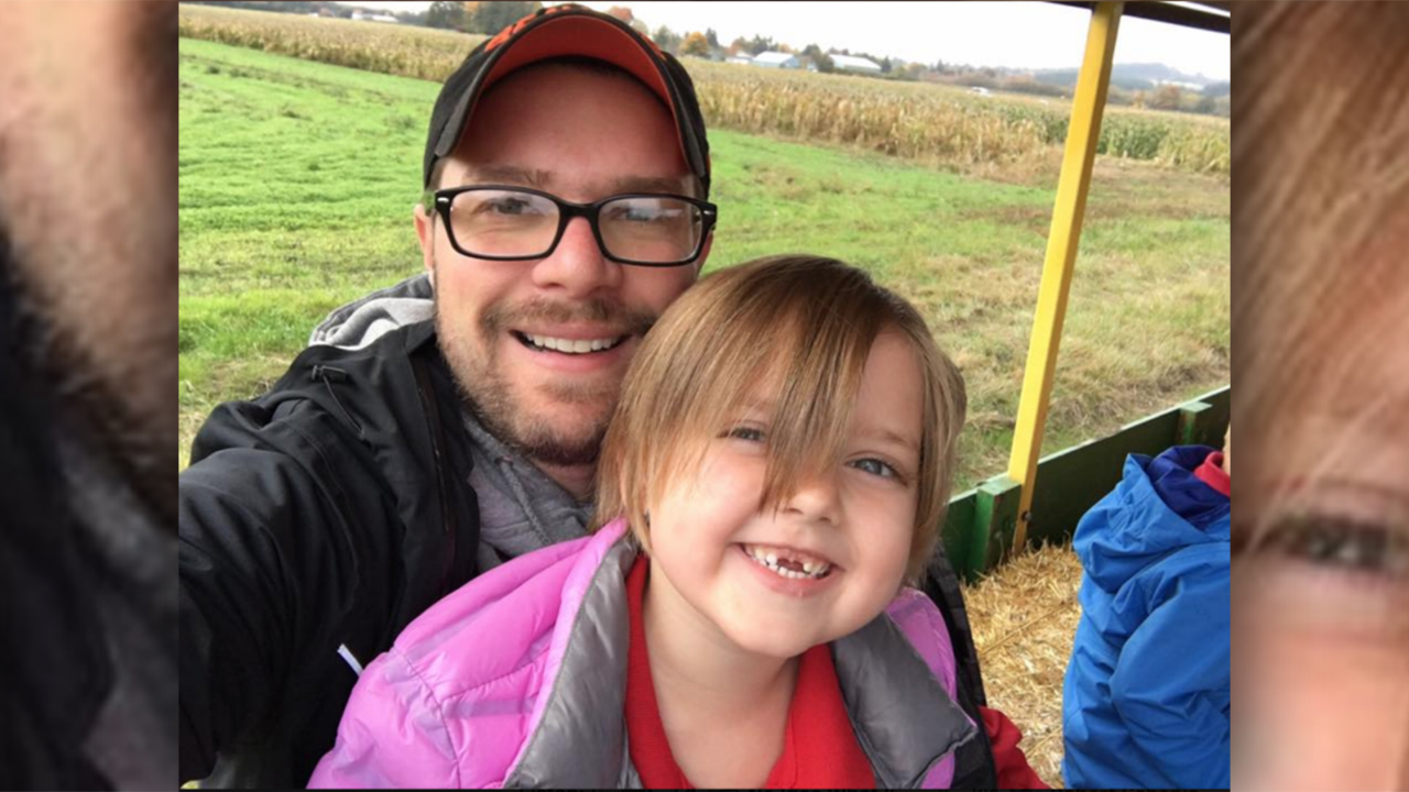 Dad earns new respect for child's teacher after chaperoning field trip: 'They listened about as good as gol...