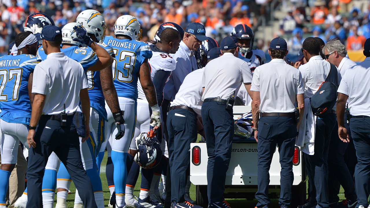 Westlake Legal Group Devante-Bausby Denver Broncos' De'Vante Bausby leaves field on medical cart after colliding with teammate Ryan Gaydos fox-news/sports/nfl/los-angeles-chargers fox-news/sports/nfl/denver-broncos fox-news/sports/nfl fox news fnc/sports fnc b76df832-30a2-5776-a748-22bbd642d5a9 article