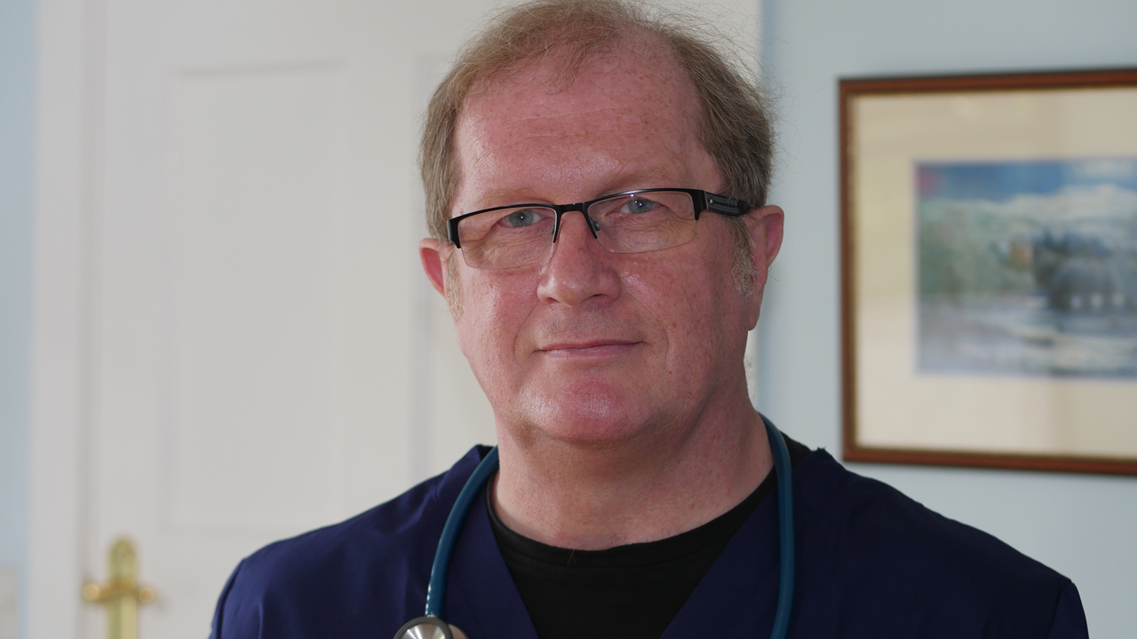 Christian doctor of 30 years loses job for refusing to use transgender patient's preferred pronoun