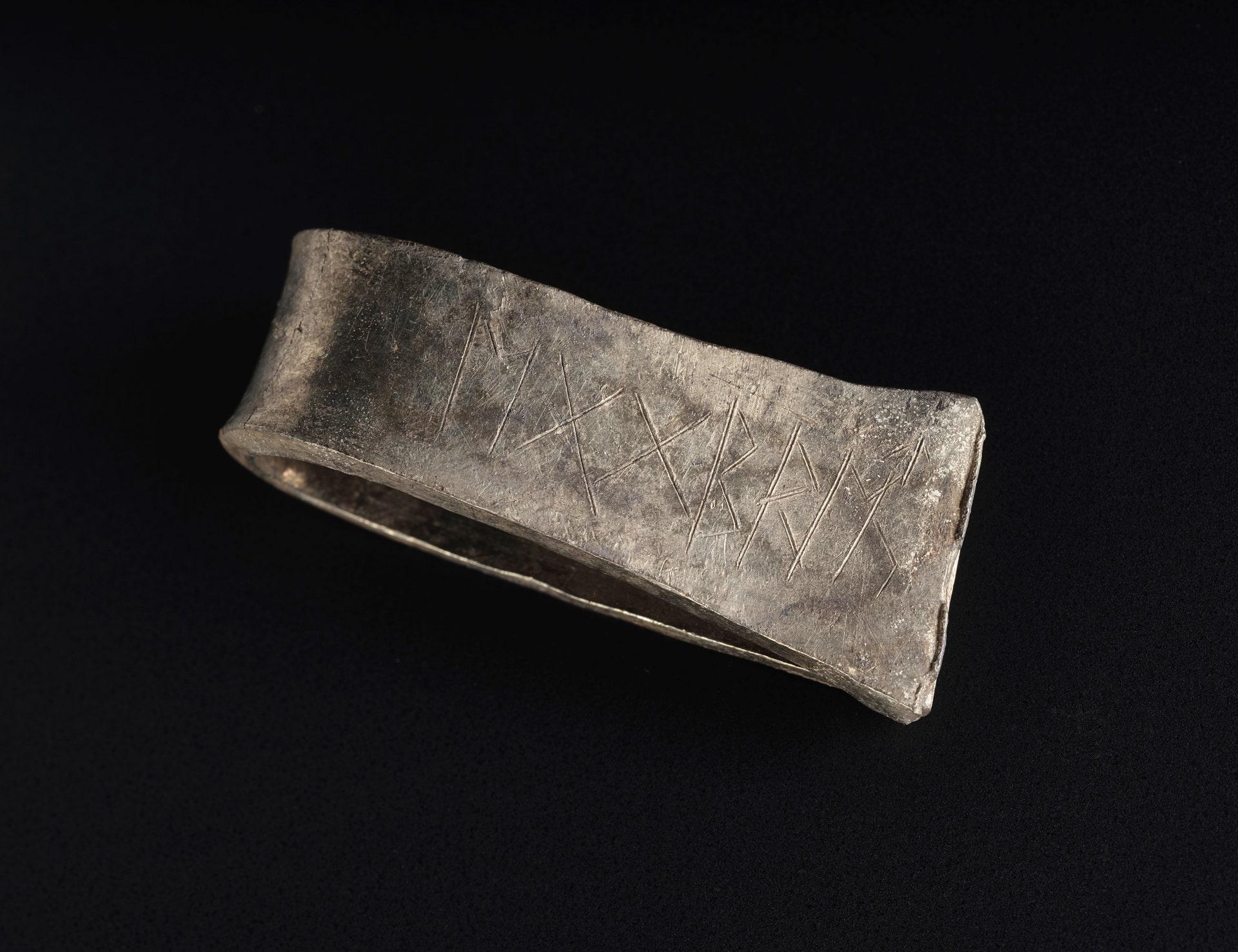 1,100-year-old Viking treasure reveals its secrets
