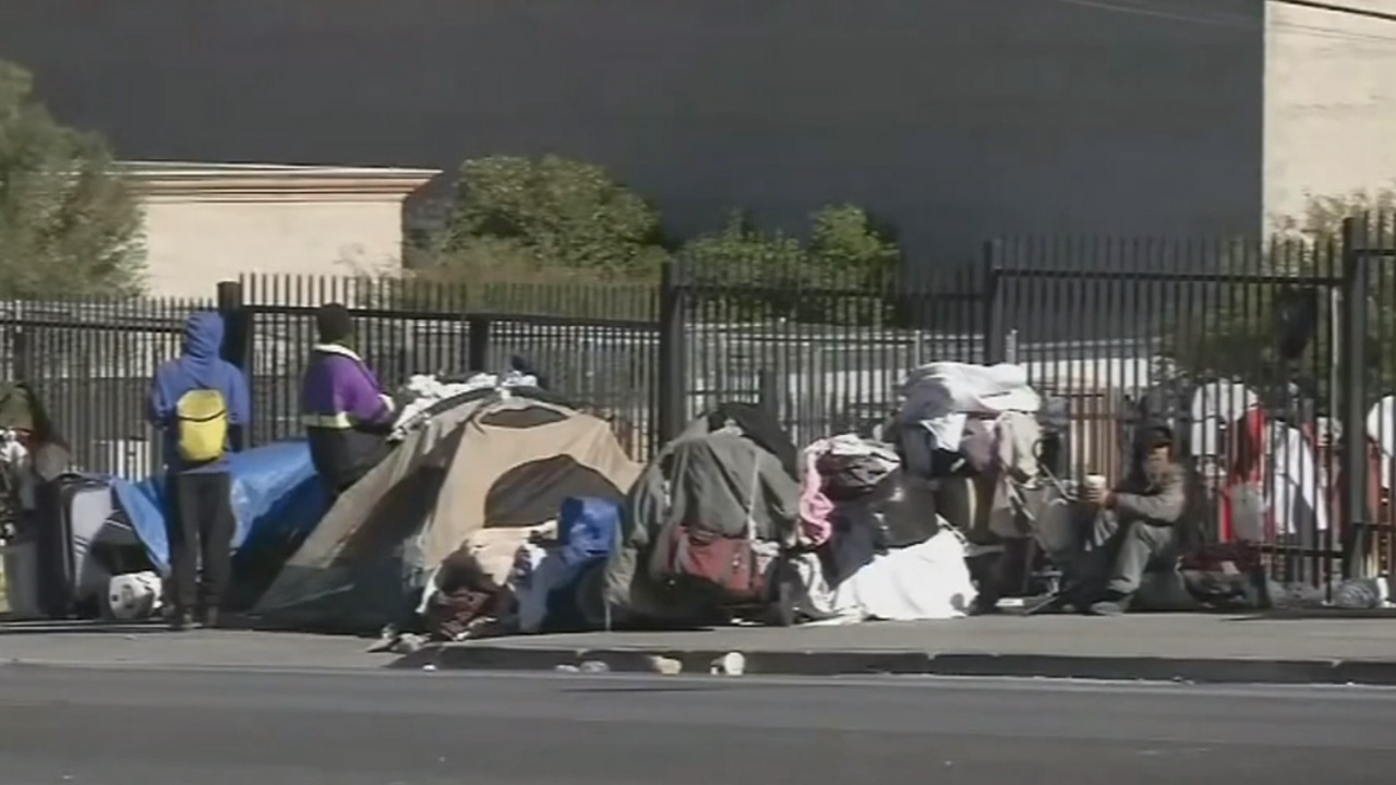 Westlake Legal Group HomelessVegas1 Donna Brazile: As you feast on Thanksgiving, remember the hungry – Here's how to help fox-news/us/personal-freedoms/proud-american fox-news/us/economy fox-news/topic/homeless-crisis fox-news/special/occasions/thanksgiving fox-news/opinion fox-news/lifestyle/thankful-nation fox-news/food-drink/recipes/meals/thanksgiving fox news fnc/opinion fnc Donna Brazile article abe0ae4e-8c2c-52d9-8ee2-f87d52ef5522