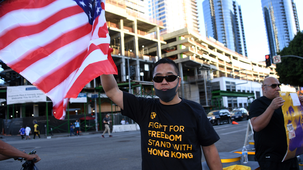 NBA fan reveals pro-Hong Kong protest shirt after baiting cameraman with Clippers jersey