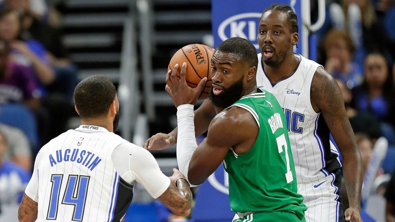 Celtics tanda F Coklat untuk perpanjangan senilai $115 juta