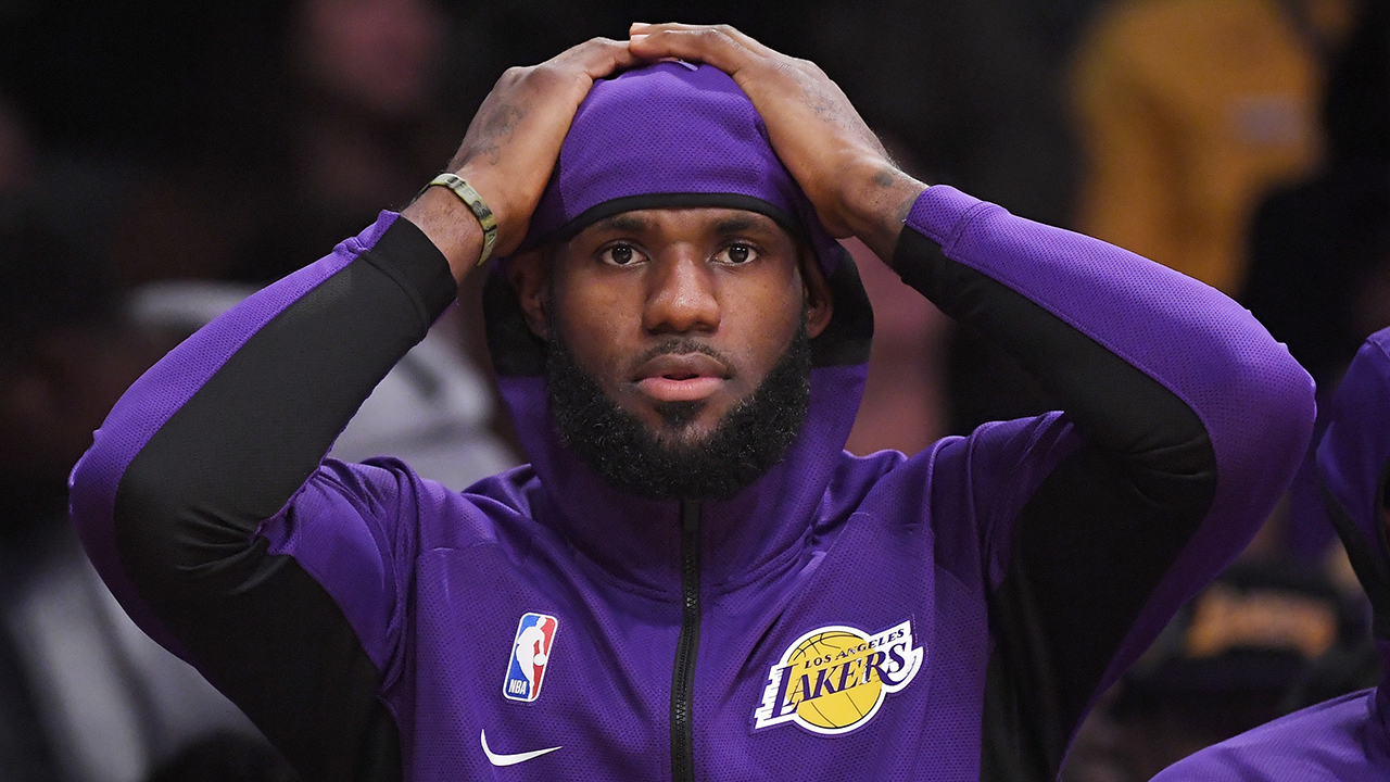 Westlake Legal Group NBA-LeBron-James9 LeBron James accused of 'disrespecting' National Anthem by pumping up the crowd Joseph Wulfsohn fox-news/us/us-regions/west/california fox-news/sports/nba/los-angeles-lakers fox-news/sports/nba/los-angeles-clippers fox-news/person/lebron-james fox-news/media fox news fnc/media fnc c9ebcfc8-adfc-5043-b035-702e46112bdc article