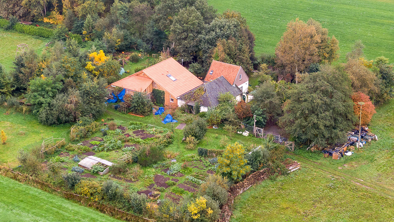 Family of 7 discovered living in Dutch farm cellar for years waiting for world to end