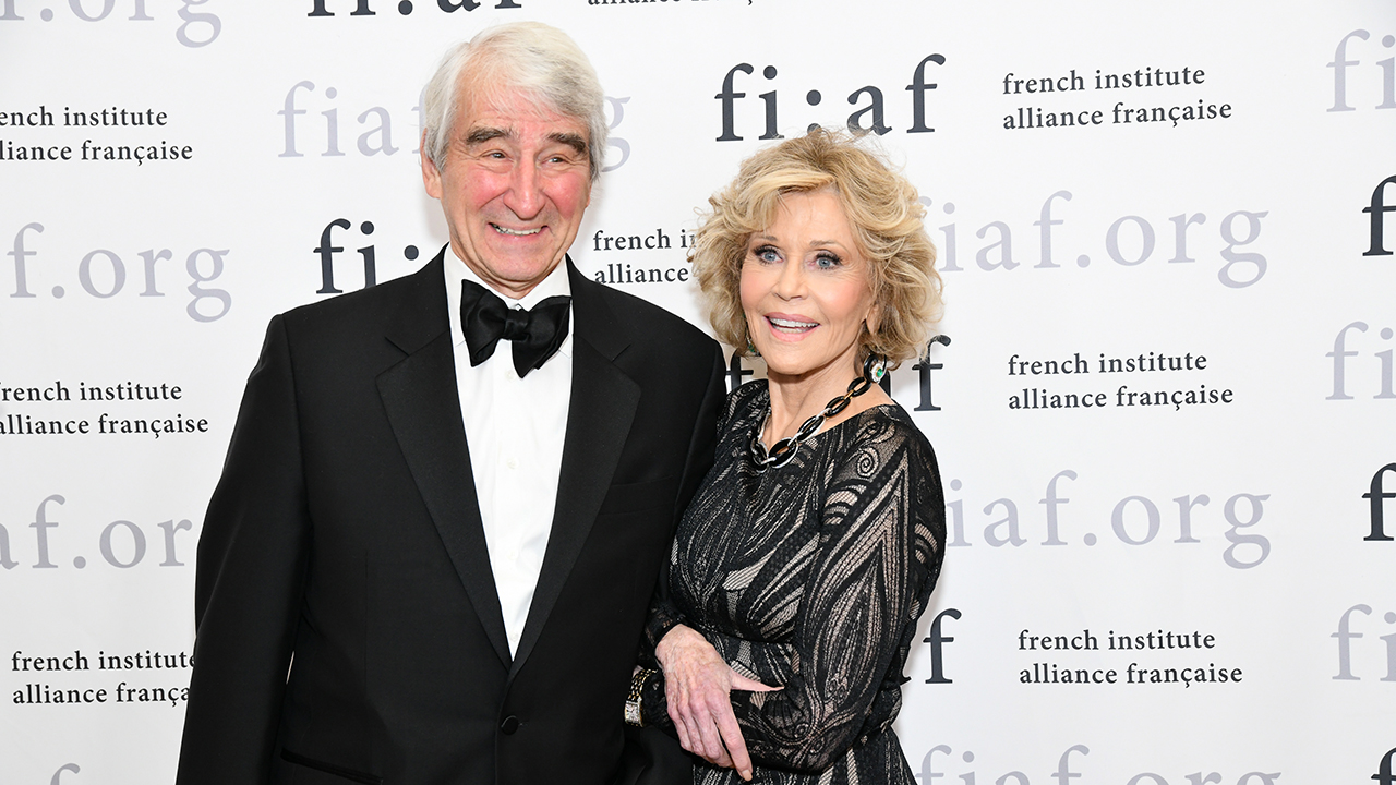 Jane Fonda, Sam Waterson arrested for protesting climate change