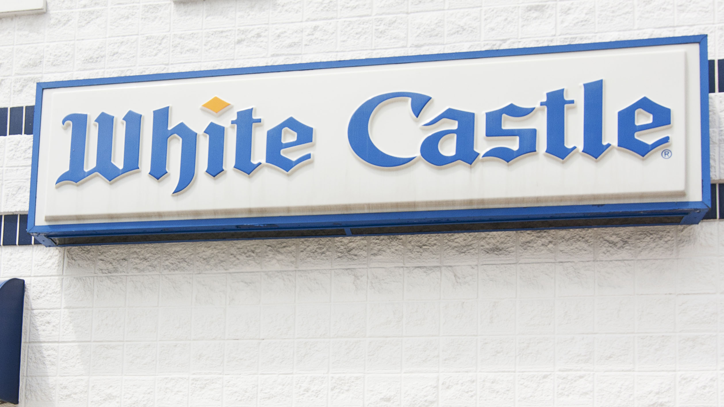 Westlake Legal Group White-Castle-sign White Castle's largest location sells out of burgers hours after opening Michael Hollan fox-news/us/us-regions/southwest/arizona fox-news/food-drink/food/fast-food fox news fnc/food-drink fnc article 318c7696-f45a-5895-bfec-cd927742a274
