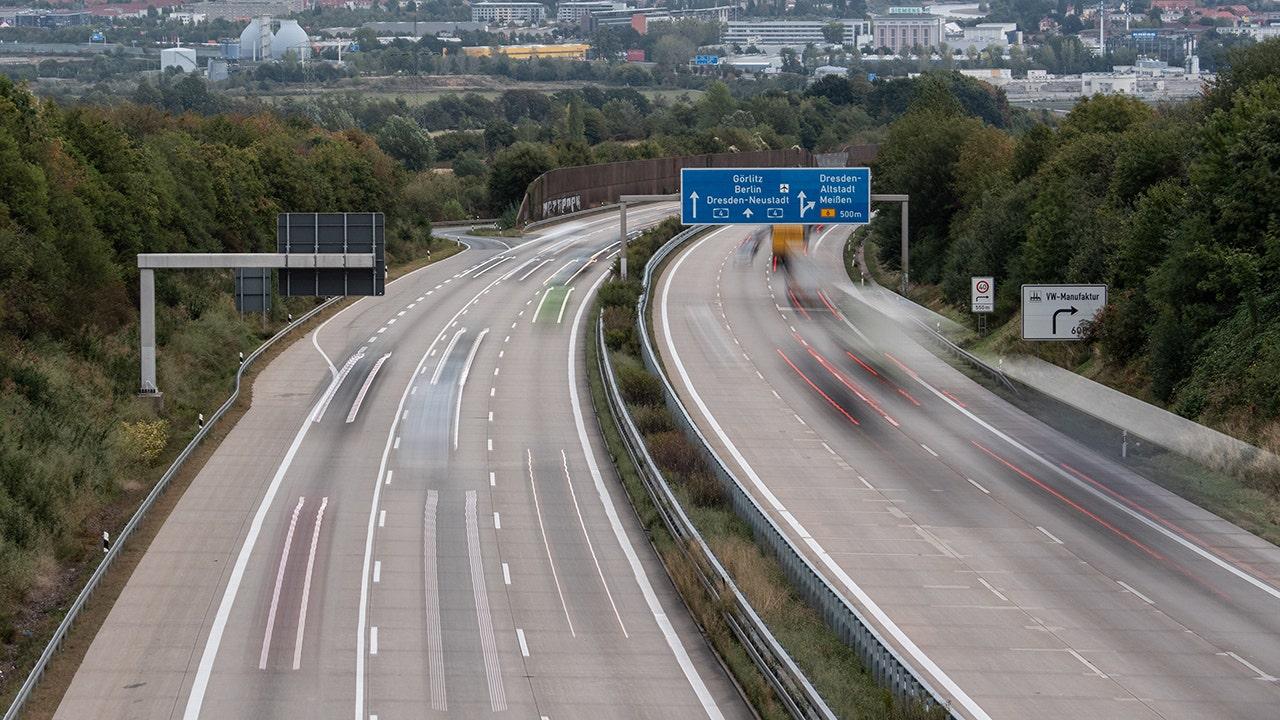 German parliament votes down Autobahn speed limit law