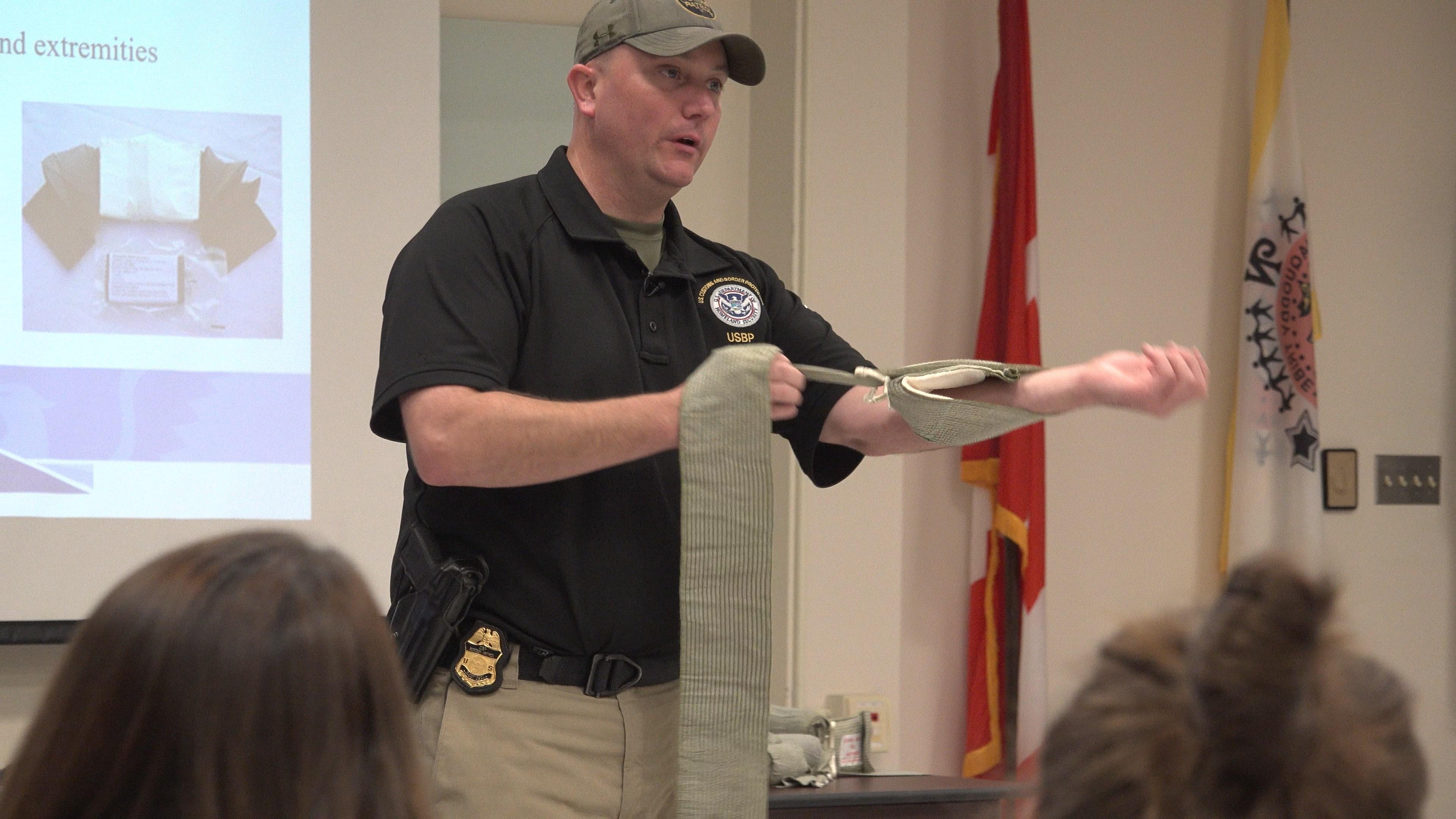 Border Patrol agents train schools on mass shooting response