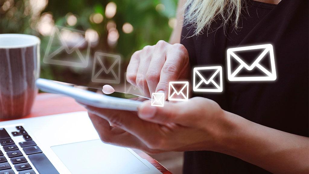 6 cách thông minh để quản lý hộp thư đến và quá tải email của bạn