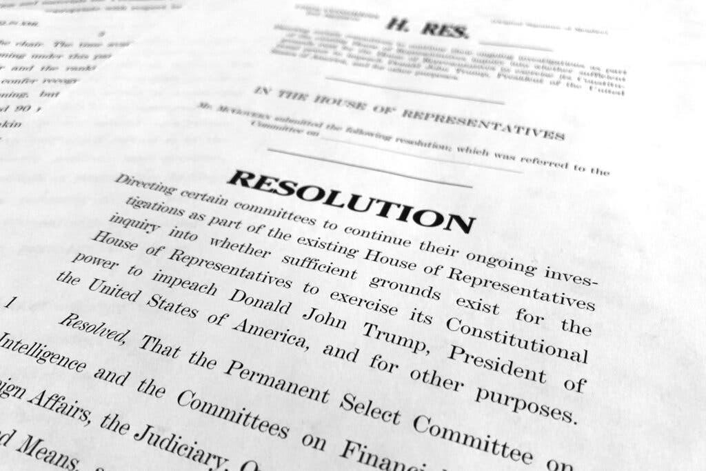 Haus zur Abstimmung über die Formalisierung Trump Anklage Anfrage; Pelosi Treffer mit Ethik-Beschwerde