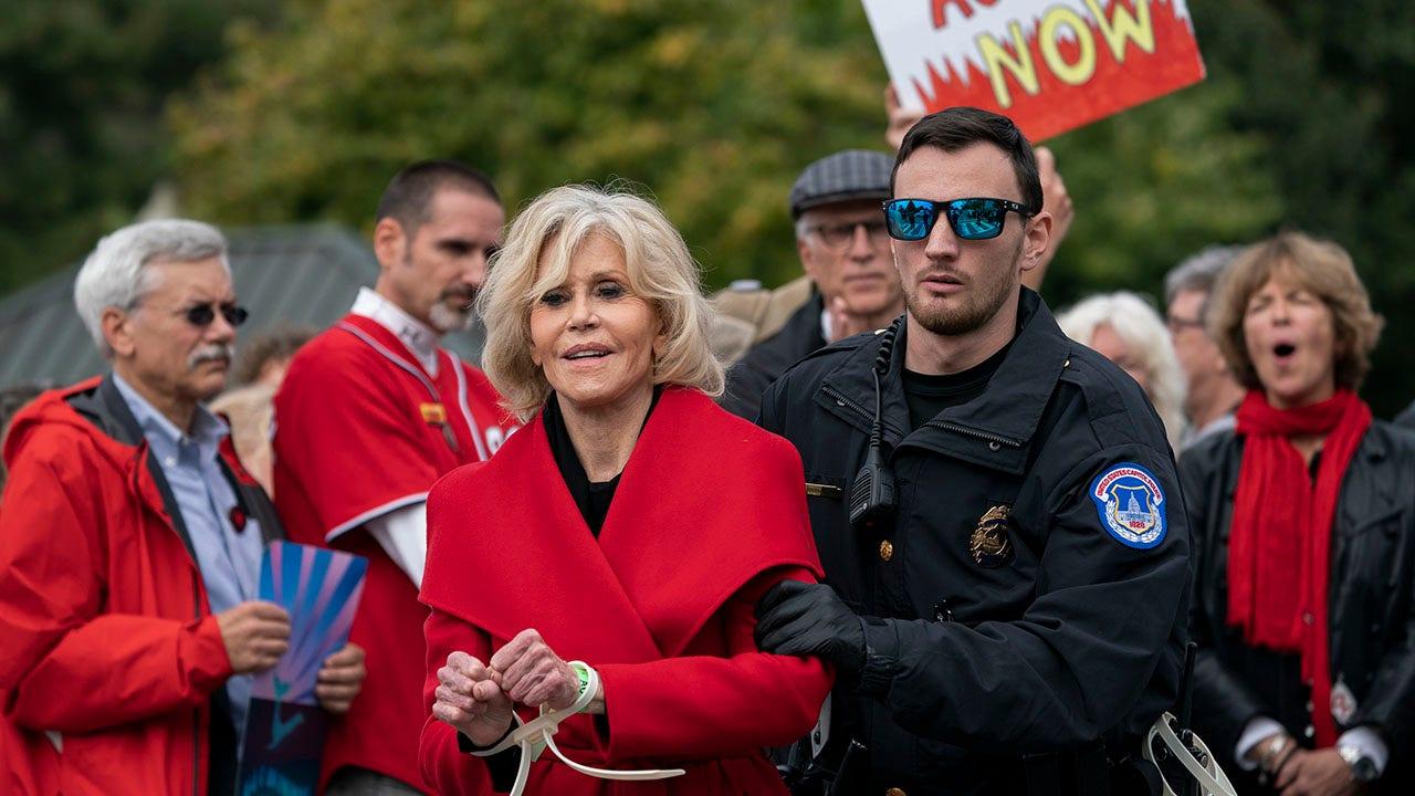 Jane Fonda beschreibt die Nacht im Gefängnis nach dem protest-die Verhaftung: 'nur mich und die Kakerlaken'